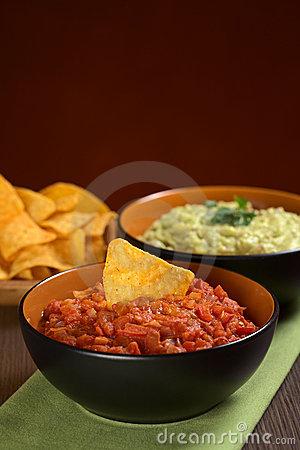 tomato-salsa-nacho-20038215